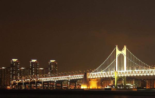 桥梁亮化工程